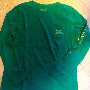 Vineyard vines men's large long-sleeved shirt!